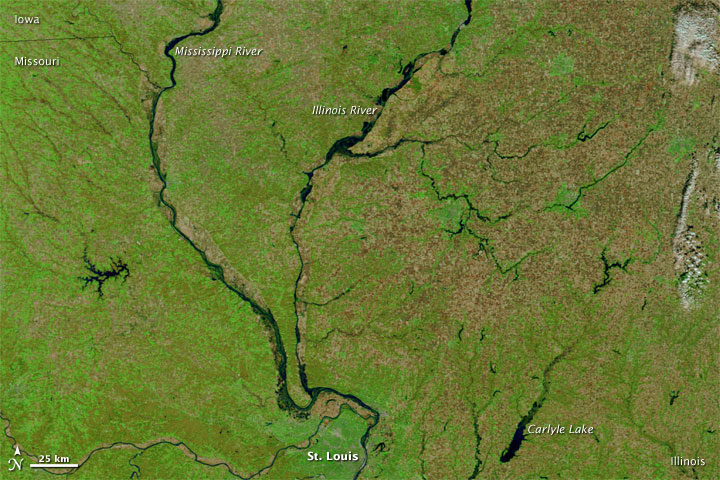 Flooding along the Illinois River