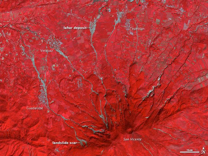 Landslides on Volcan de San Vicente