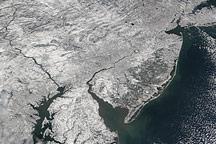 Snowstorm Hits the U.S. East Coast