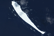 Iceberg B17-B in the Indian Ocean