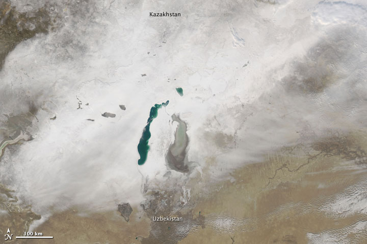 Snow around the Aral Sea