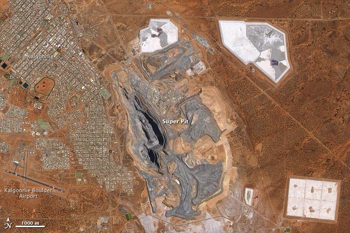 """""""Super Pit"""" Mine, Kalgoorlie, Western Australia"""