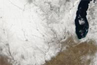 Snow across the Upper Midwest