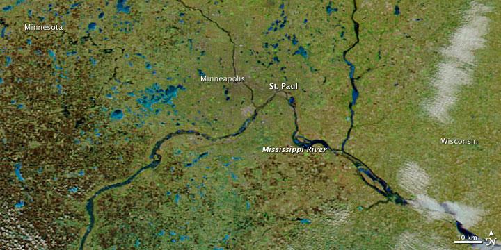 Rising Waters in St. Paul