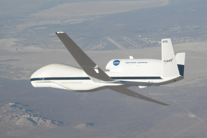 Global Hawk, NASA's New Remote-Controlled Plane