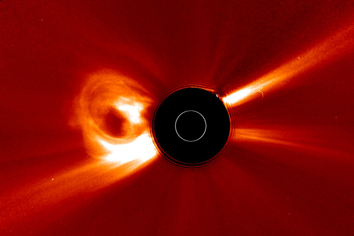 May 2010 Solar Storm : Image of the Day