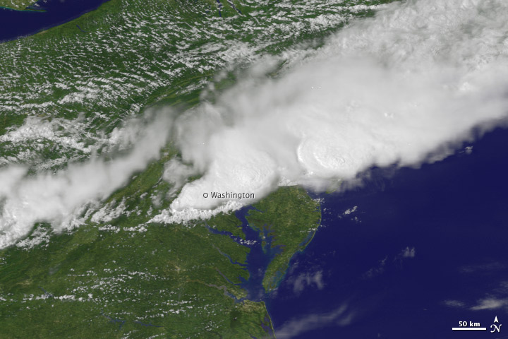Severe Storms Strike U.S. East Coast