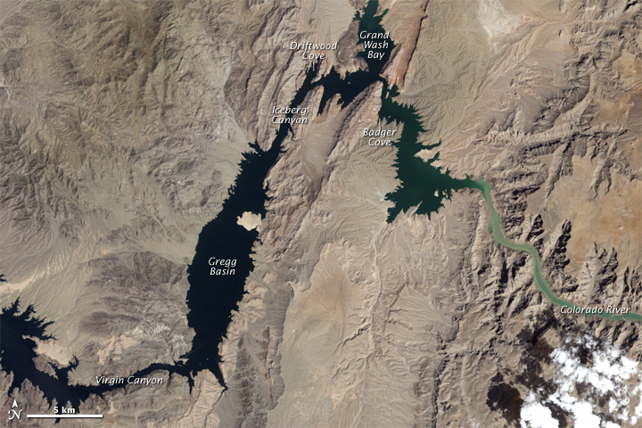 Water Level Changes in Lake Mead