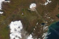 Plumes from Shiveluch and Klyuchevskaya Volcanoes