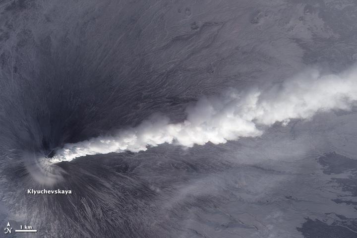 Activity at Klyuchevskaya Volcano Resumes