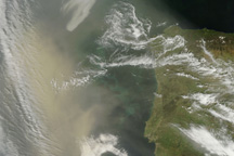 Saharan Dust off Portugal - selected image