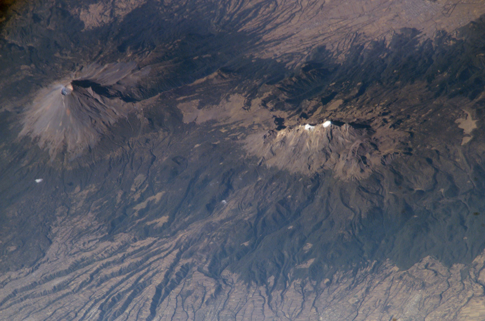 Popocatepetl and Iztaccíhuatl Volcanoes, Mexico - related image preview