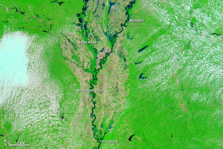 Floods Continue along the Mississippi River