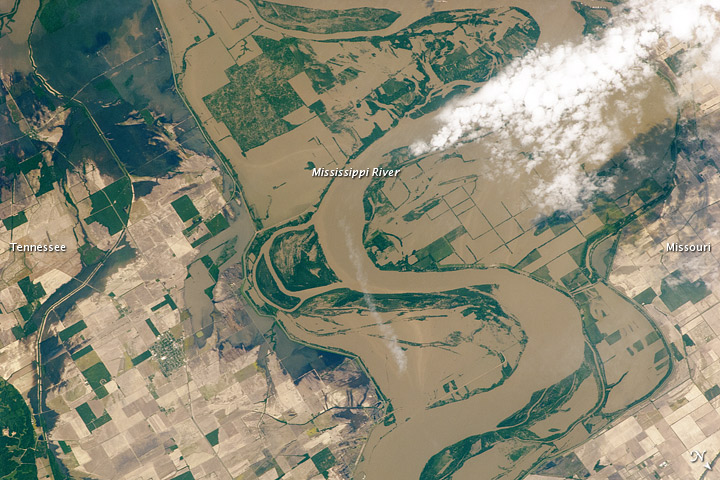 Mississippi Floods in Missouri and Tennessee