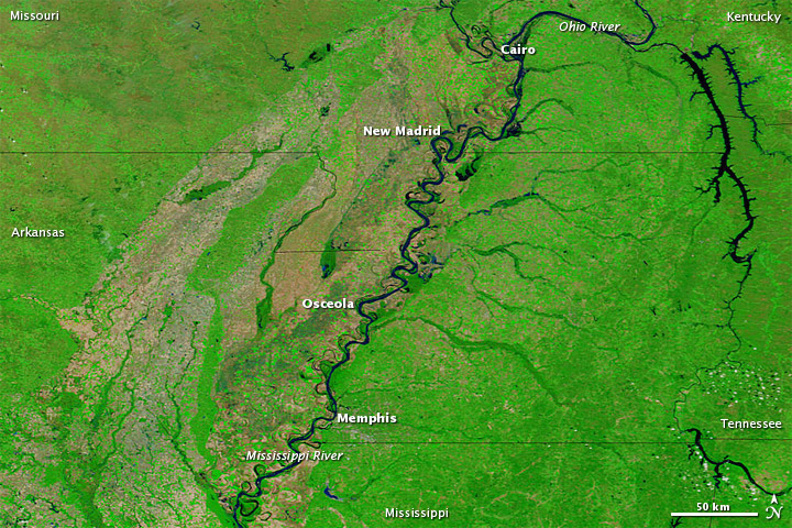 Lingering Floods along the Mississippi River
