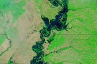Lingering Floods along the Mississippi River