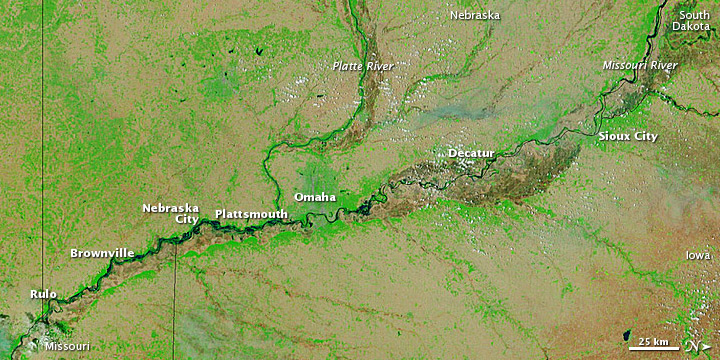 Floods Advance Down the Missouri River