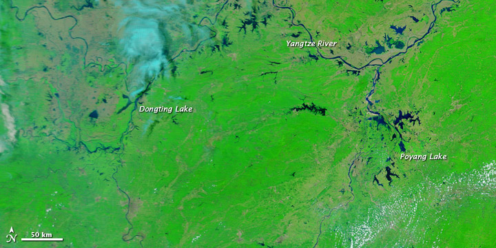 Floods along the Yangtze River