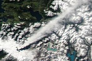 Steady Eruption of Puyehue-Cordón Caulle