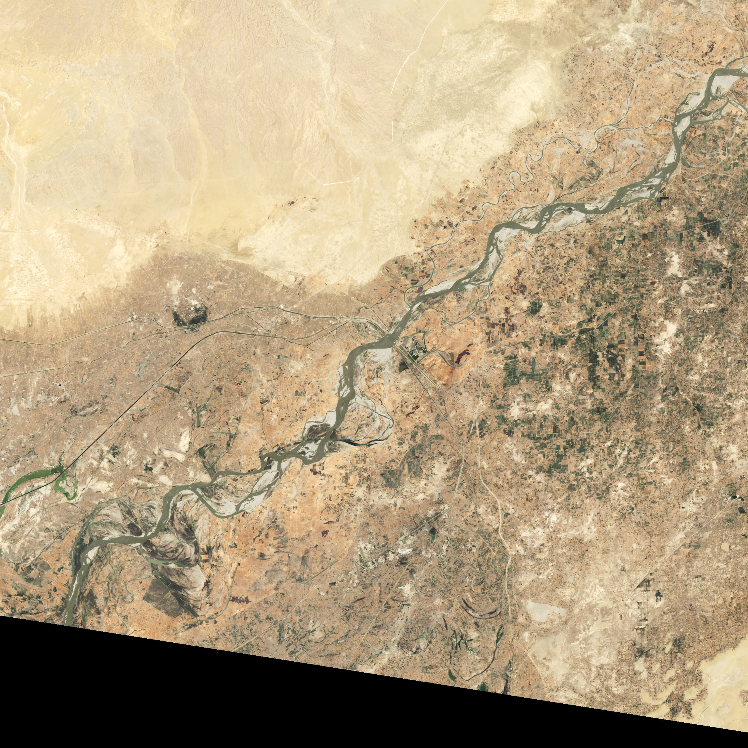 Seasonal Changes along the Indus River - related image preview
