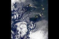 Cape Verde Island Wakes
