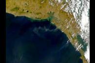 San Cristobal Eruption Plumes