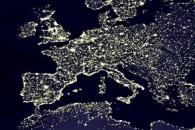 La terre vue la nuit