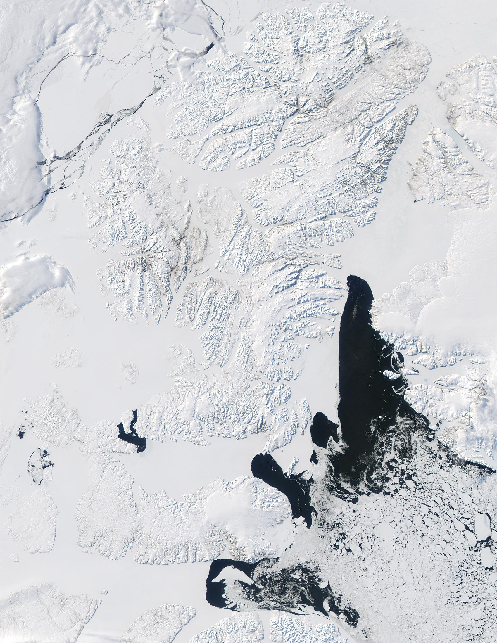 Queen Elizabeth Islands and Baffin Bay, Northern Canada - related image preview