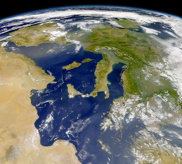 SeaWiFS: Sunny Day in Europe - related image preview