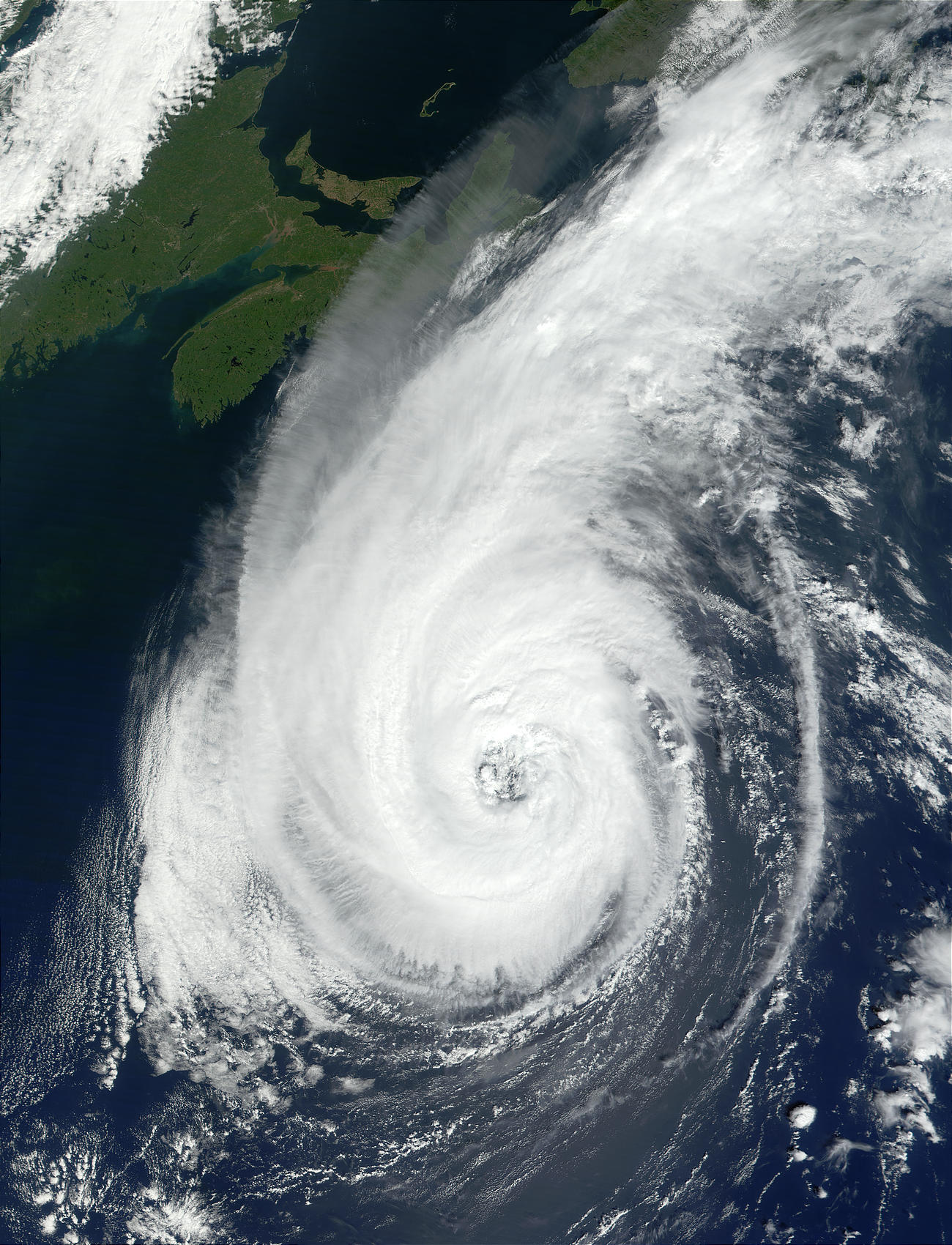 Hurricane Erin off the coast of Northeast United States - related image preview
