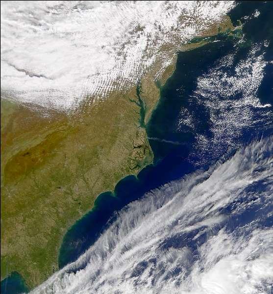 SeaWiFS: North Carolina Smoke Plume - related image preview