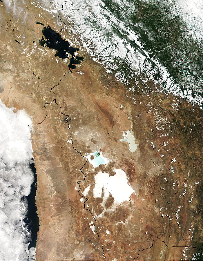 Lake Titicaca (Peru and Bolivia) and Salar de Uyuni (Bolivia) - related image preview
