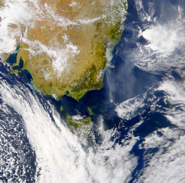 SeaWiFS: Smoke from Eastern Australia - related image preview
