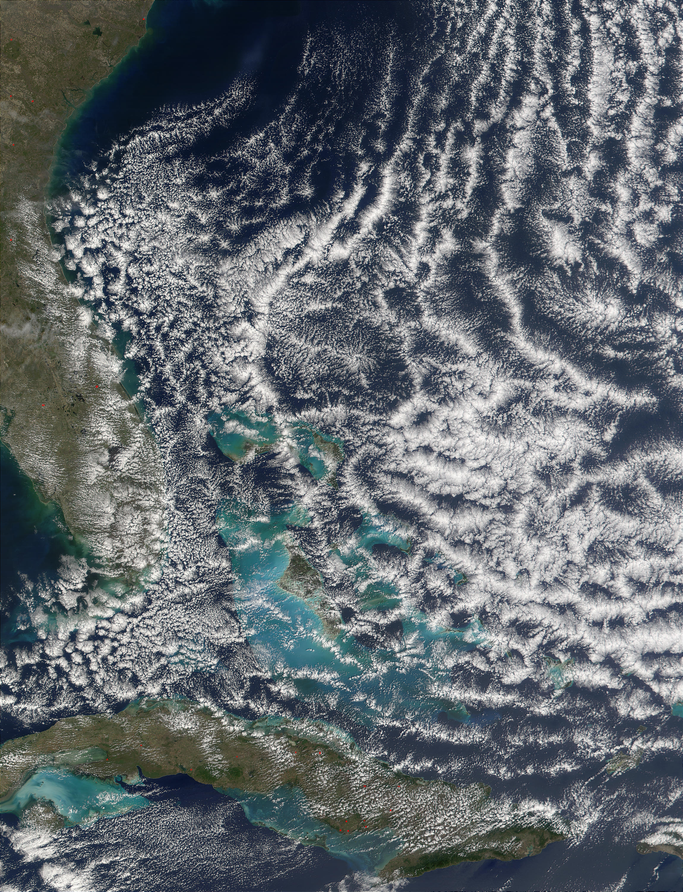 Open-cell cloud formation over the Bahamas - related image preview