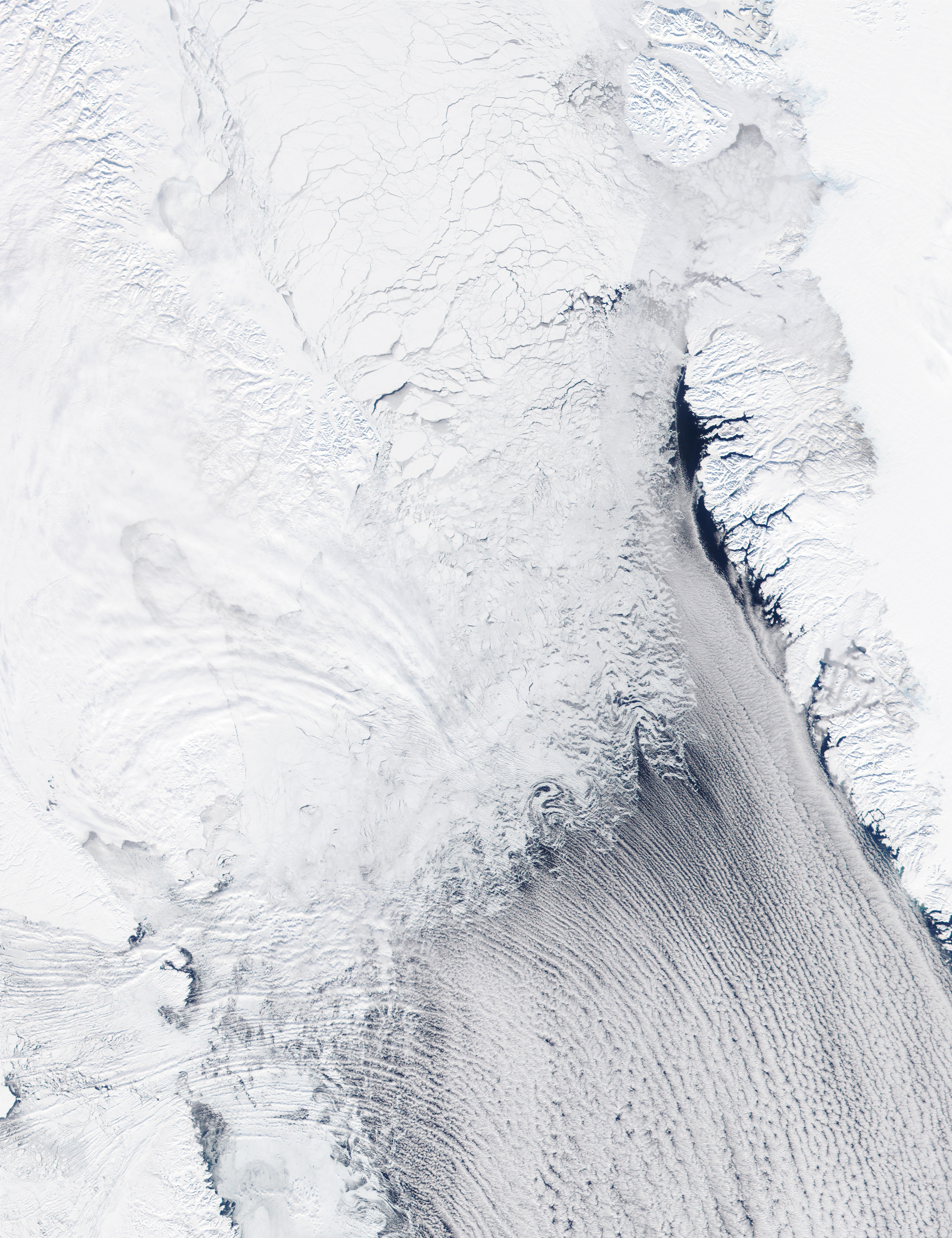 Cloud streets in Davis Strait - related image preview