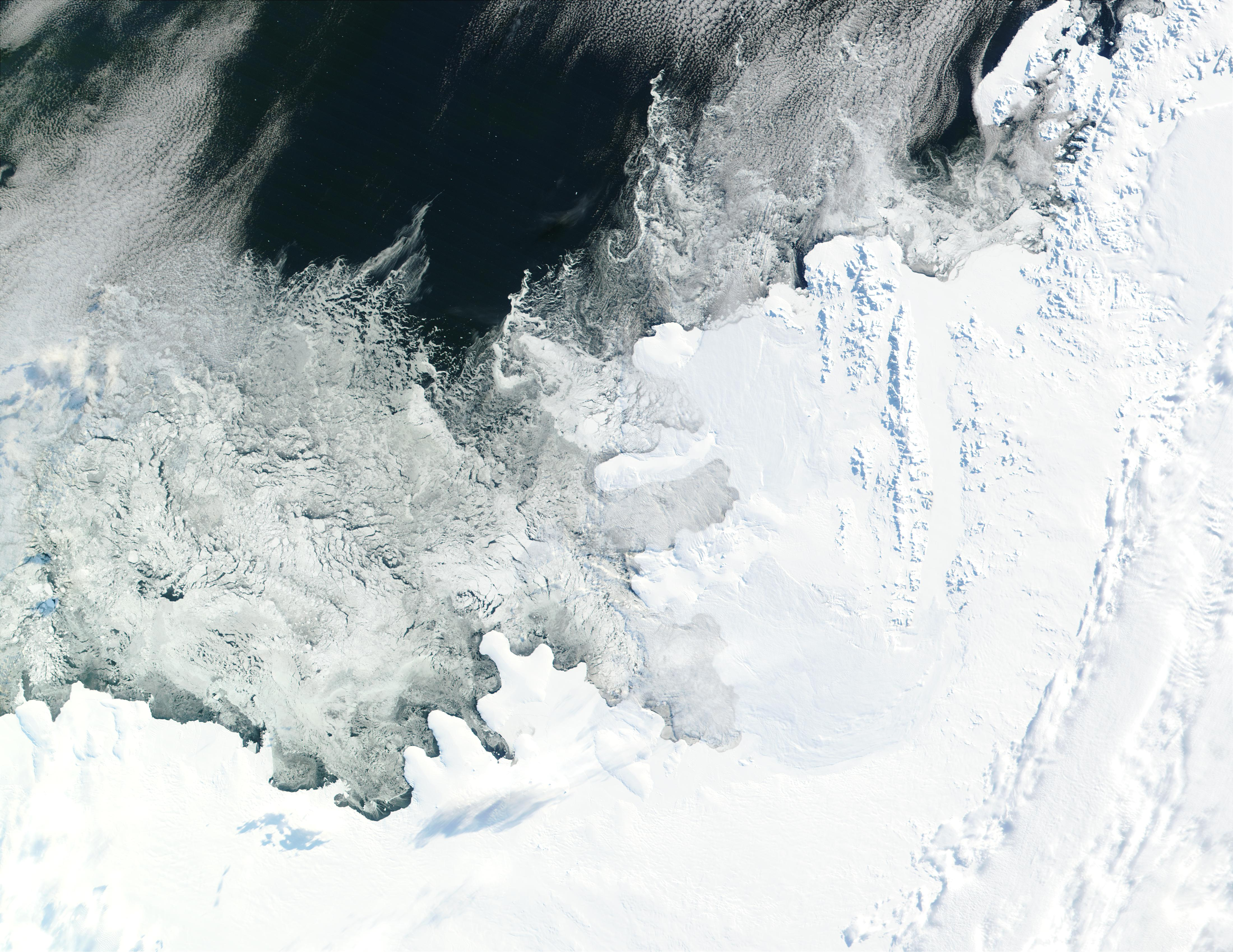 Bryan Coast, English Coast, Alexander Island, Fallieres Coast, and Bellingshausen Sea, Antarctica - related image preview