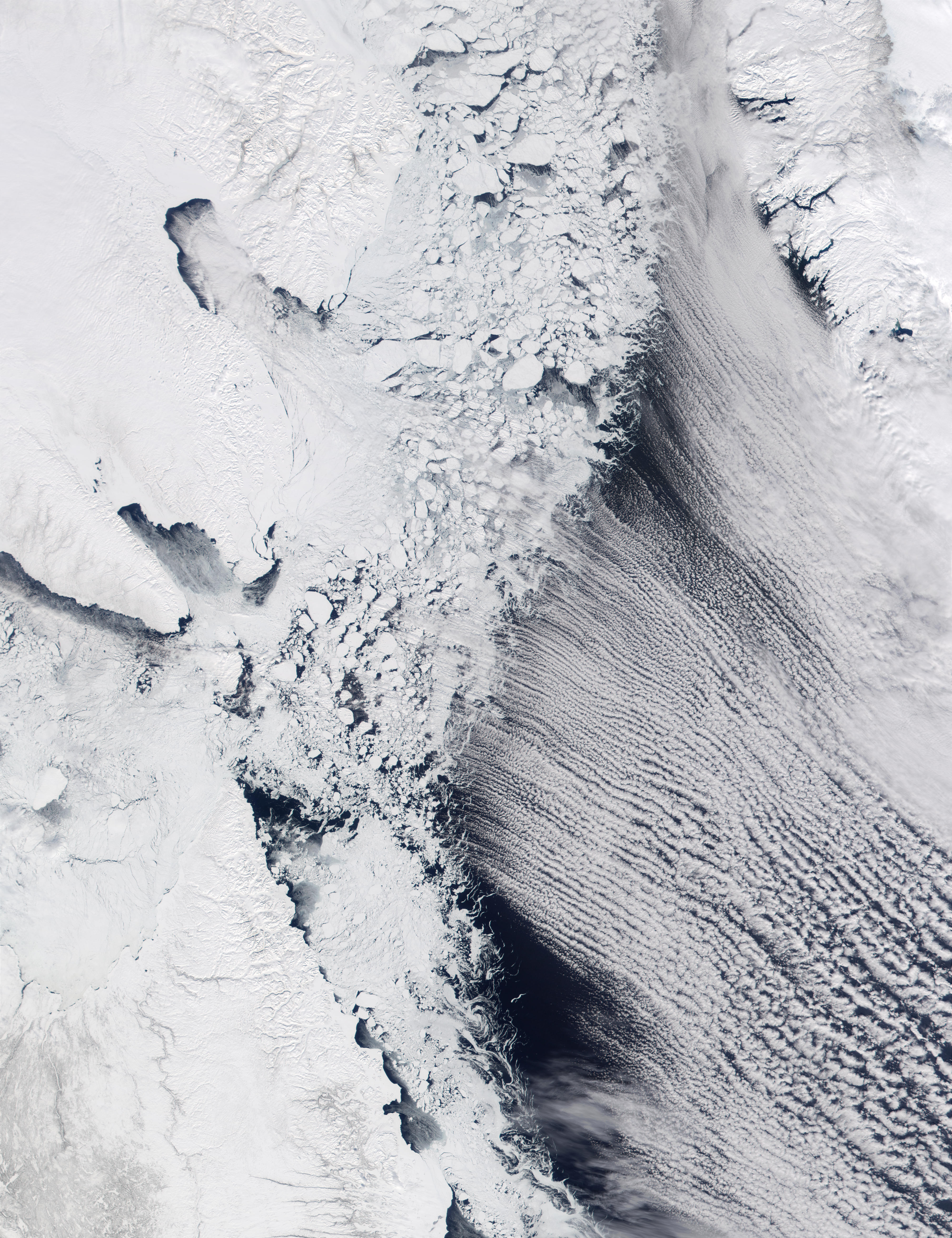 Cloud Streets in Davis Strait and Labrador Sea - related image preview