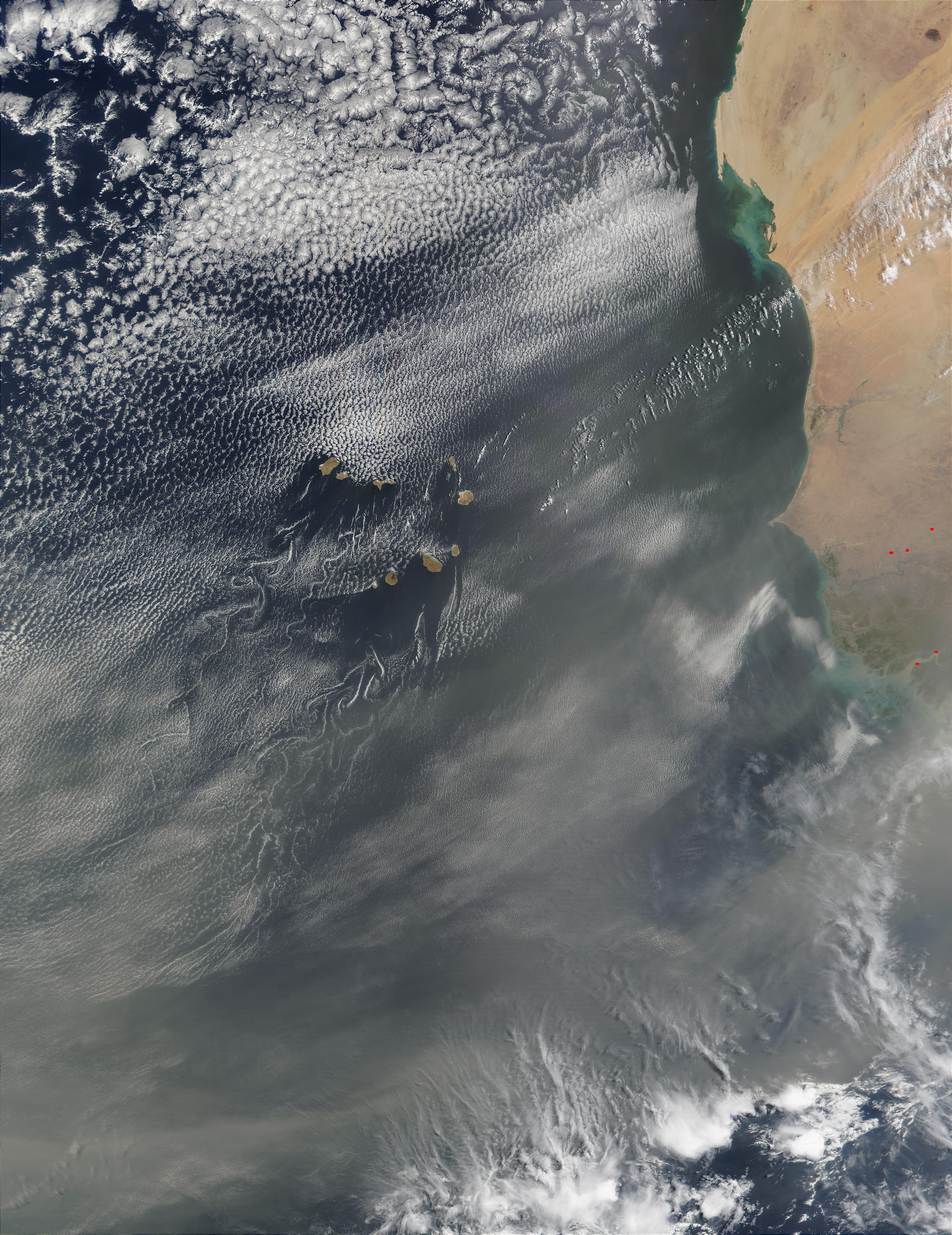 Saharan dust around Cape Verde Islands - related image preview