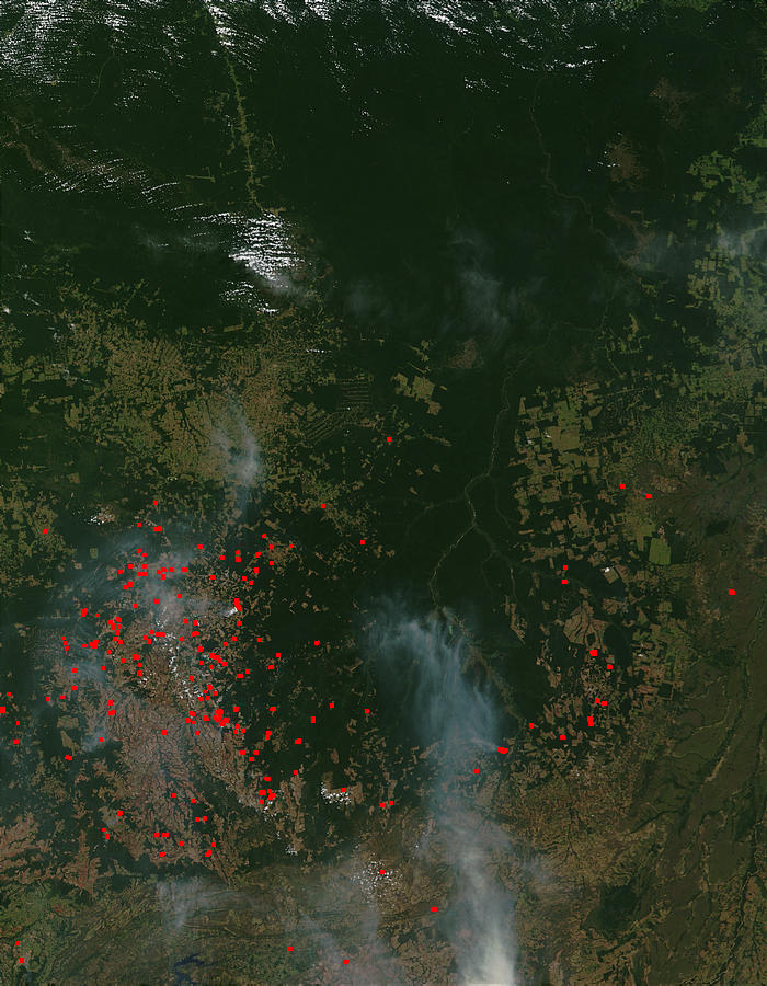 Fires and smoke around the upper Xingu River, Brazil - related image preview