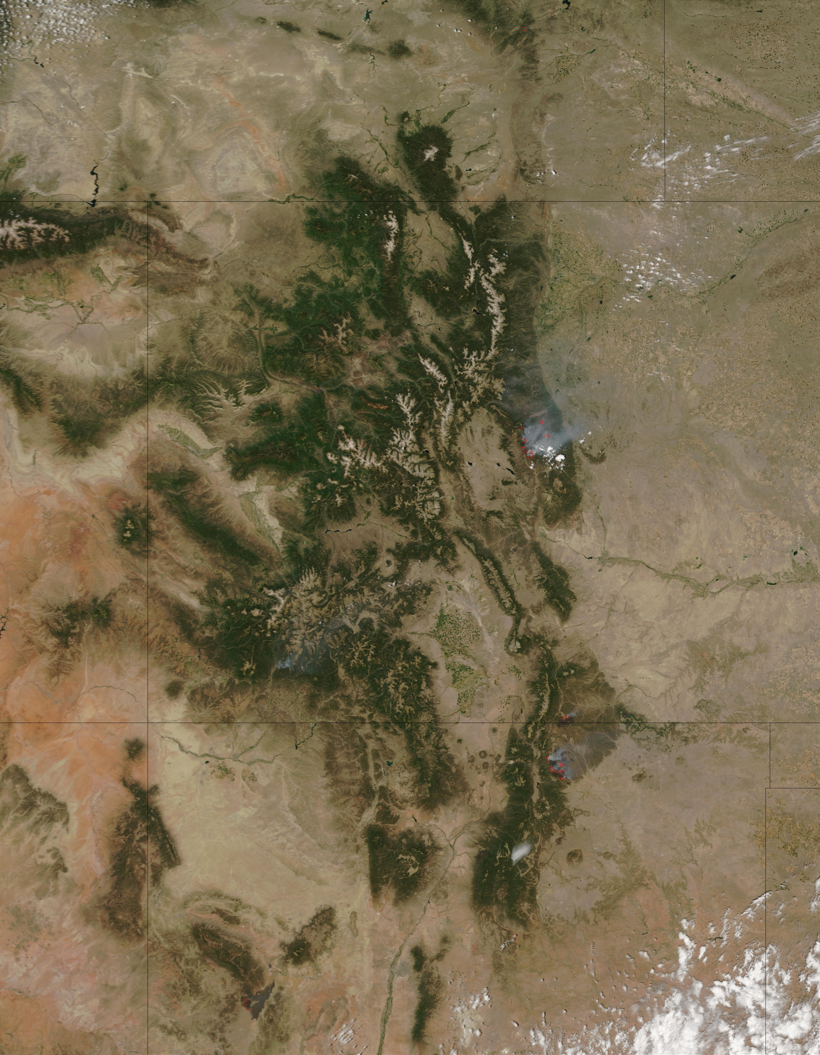 Fires in Colorado and New Mexico - related image preview