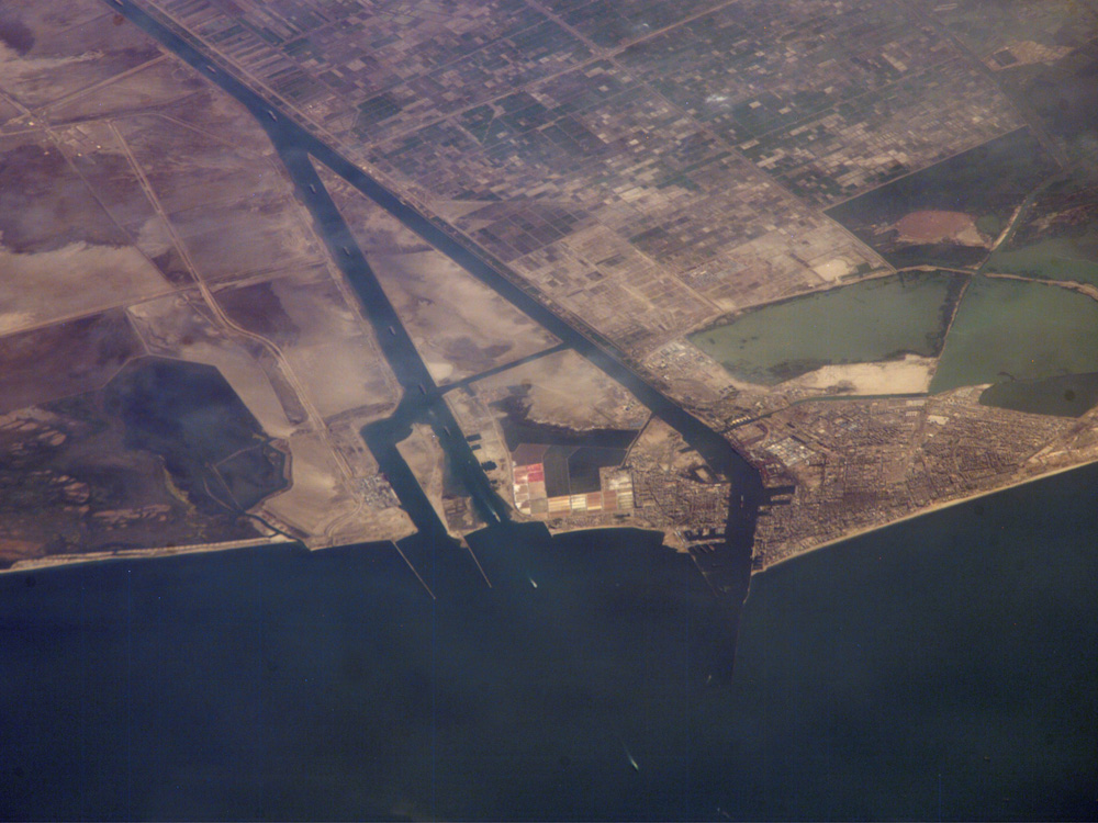 Suez Egypt  City new picture : NASA Visible Earth: Ship Traffic on the Suez Canal, Egypt