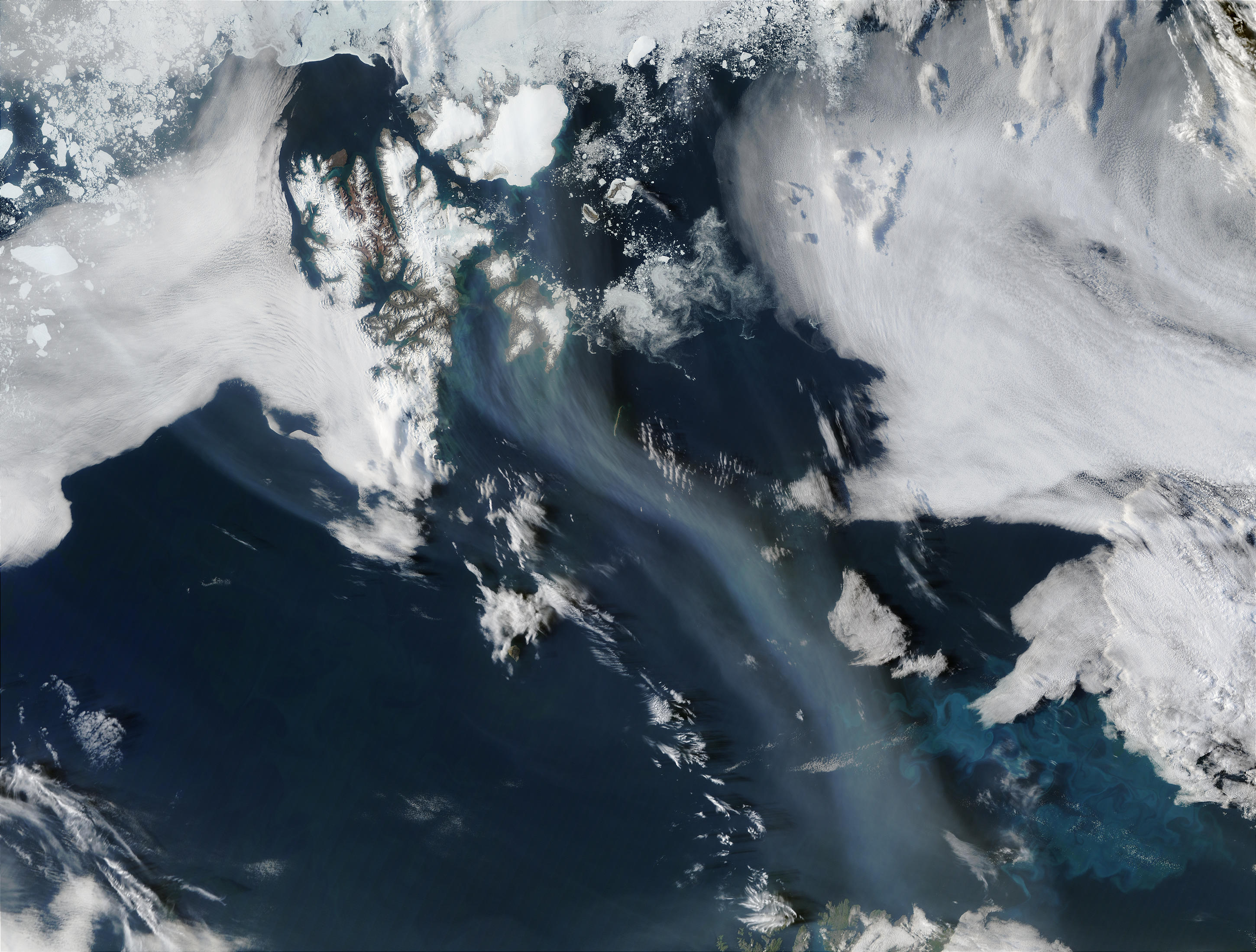 Smoke from Saskatchewan fires (Canada) off Svalbard and Norway - related image preview