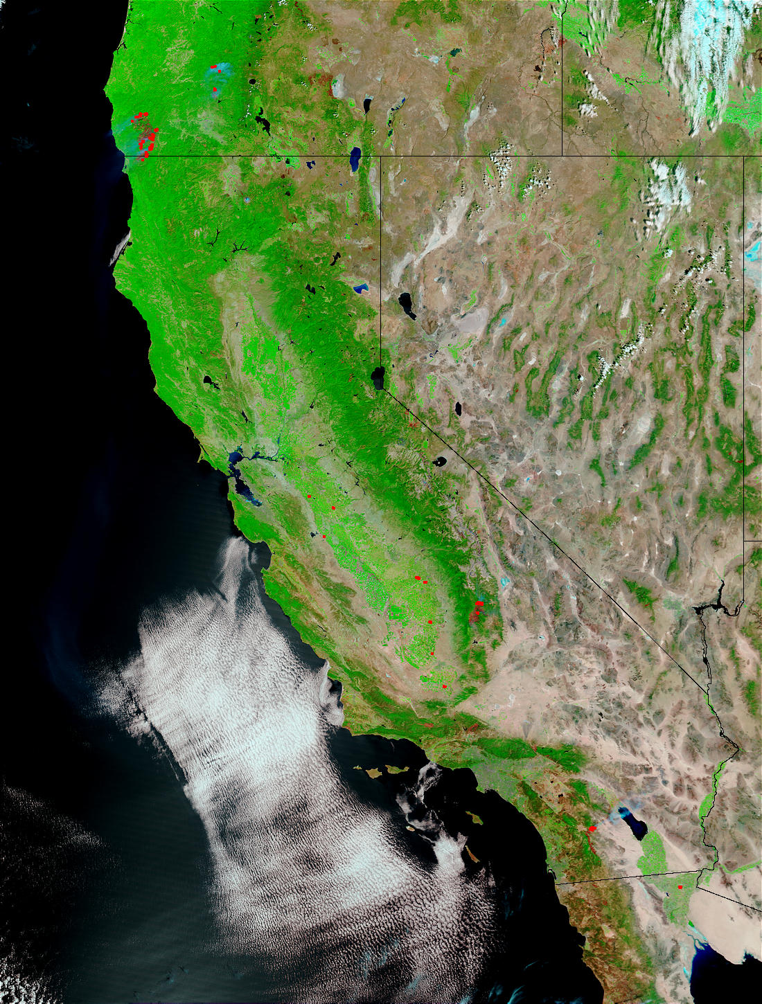 Fires and burn scars in Oregon and California - related image preview