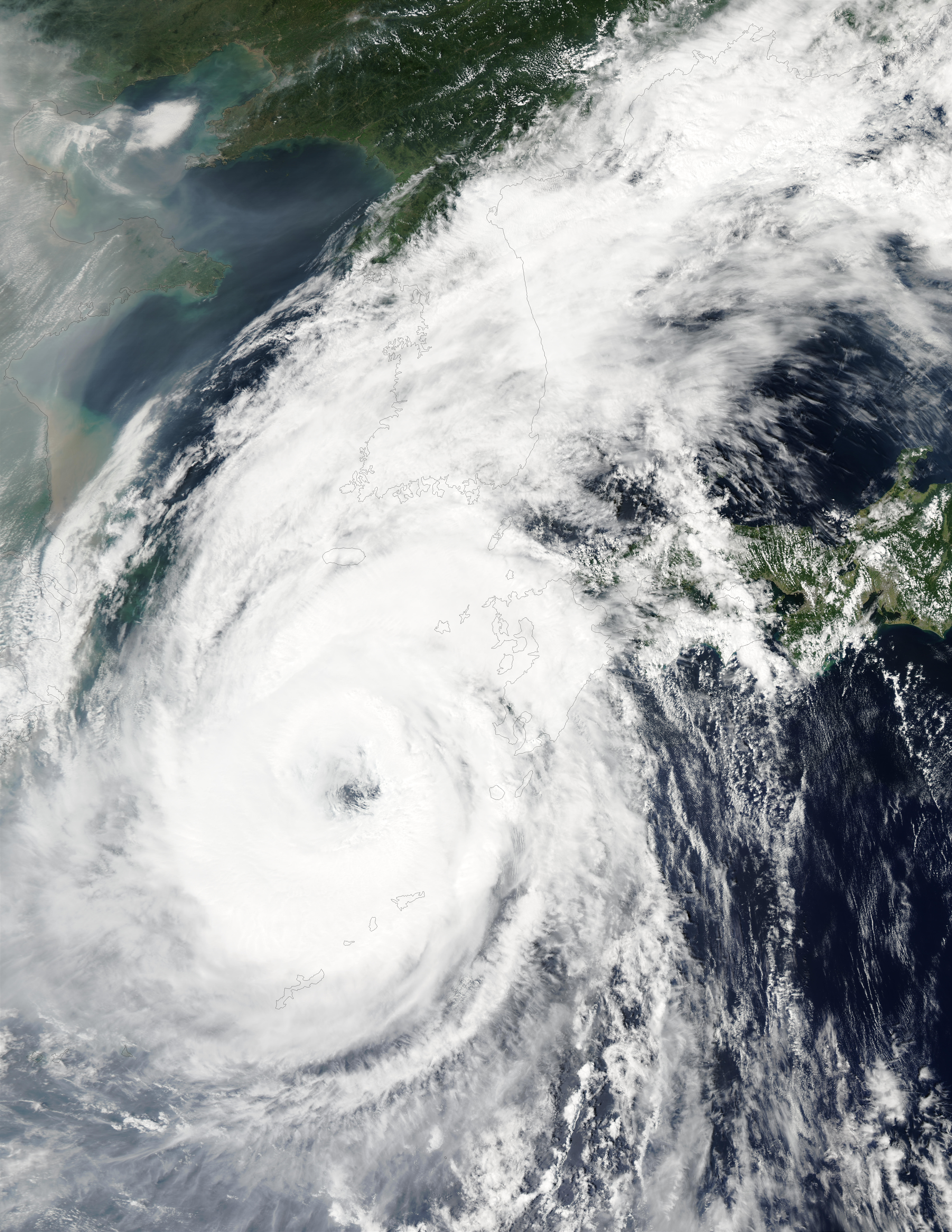 Typhoon Rusa (21W) south of Korea - related image preview