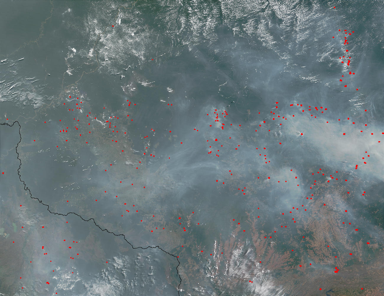 Fires and smoke in Mato Grosso and Rondonia, Brazil - related image preview