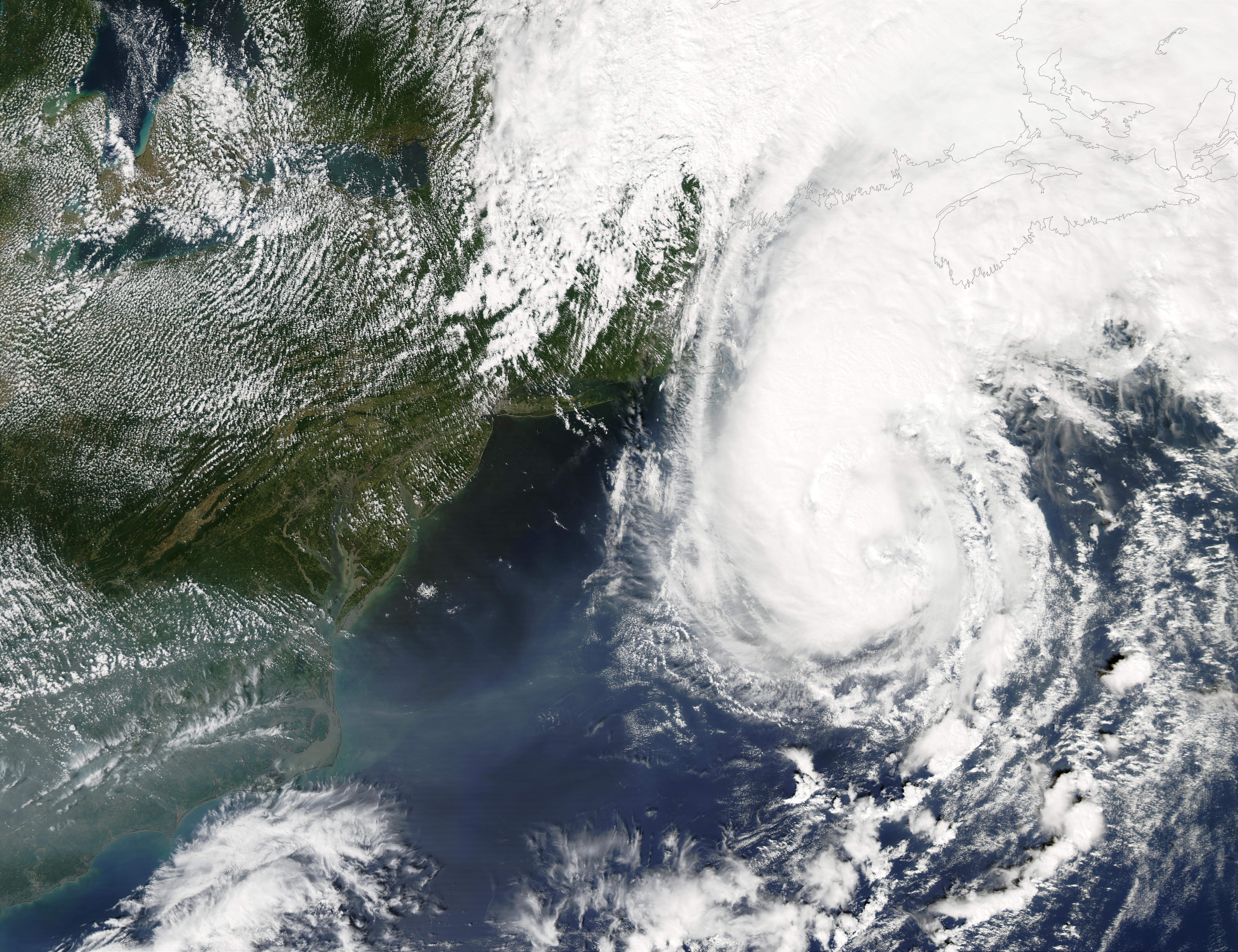 Hurricane Gustav off New England - related image preview