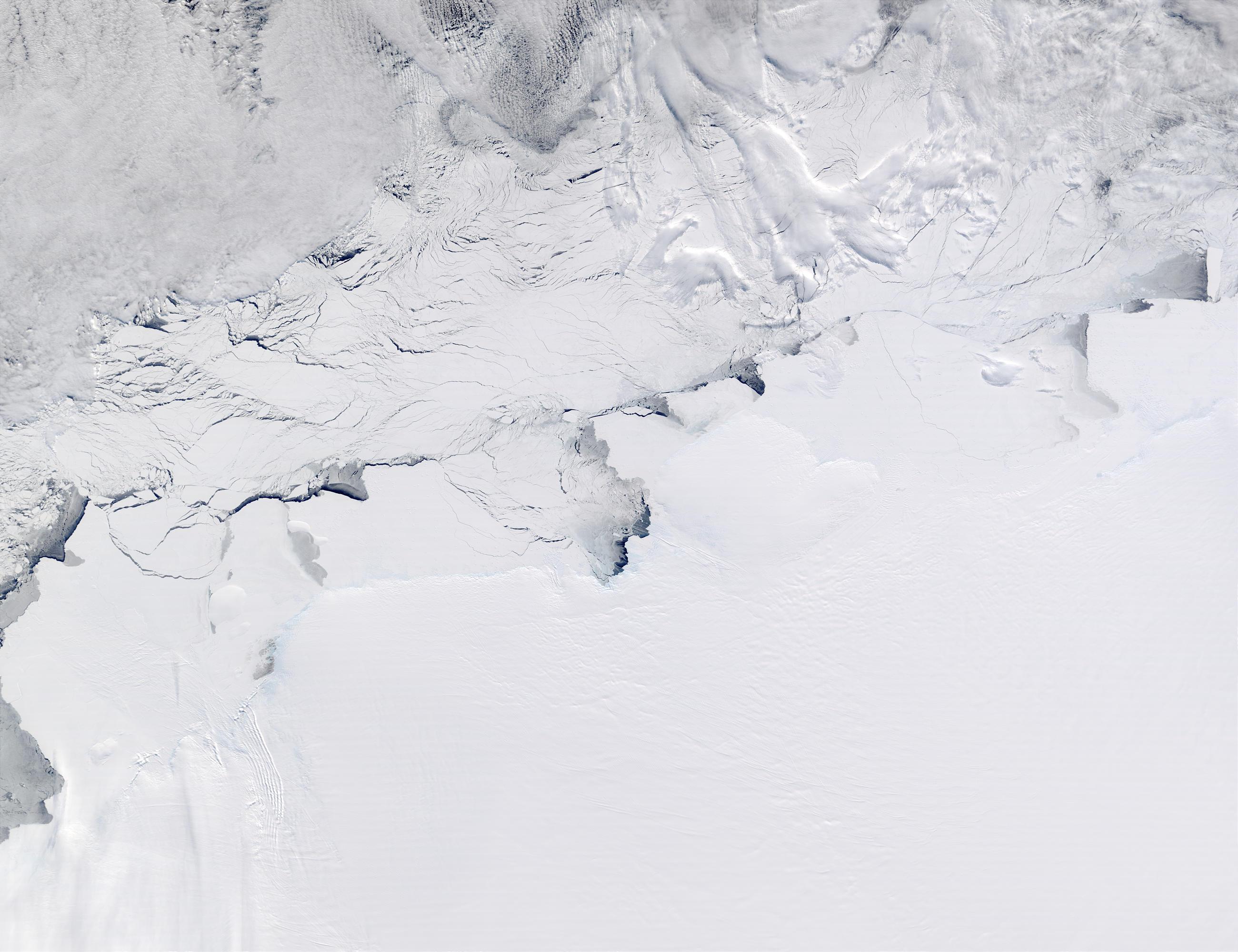 Shackleton Ice Shelf, Knox Coast, Budd Coast, and Sabrina Coast, Antarctica - related image preview
