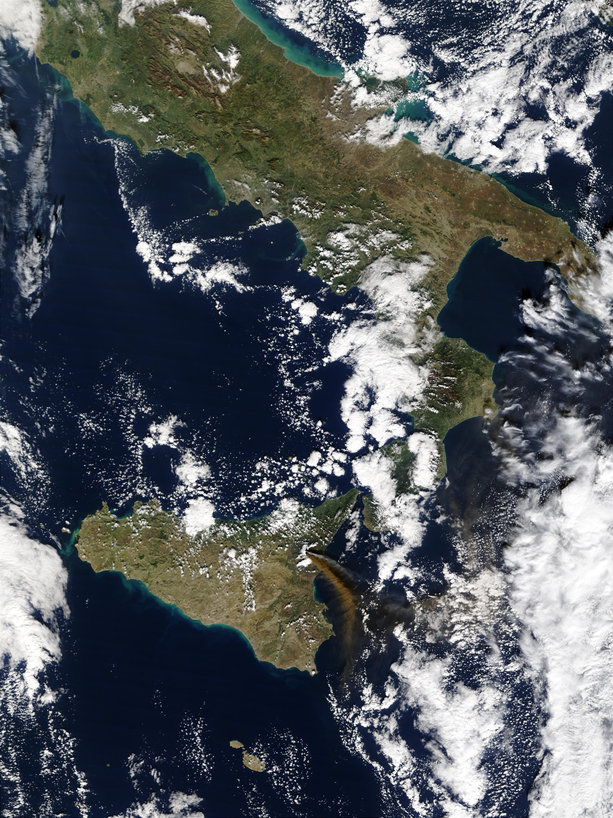Eruption of Mt. Etna in Sicily - related image preview