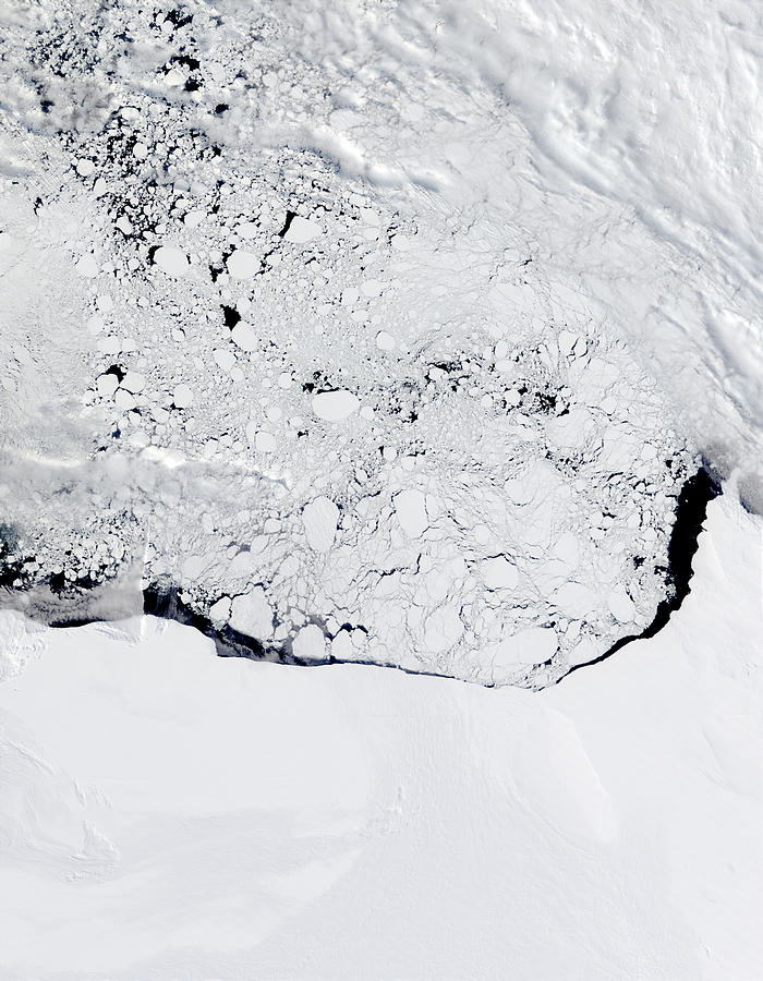 Ross Ice Shelf and Ross Sea, Antarctica - related image preview