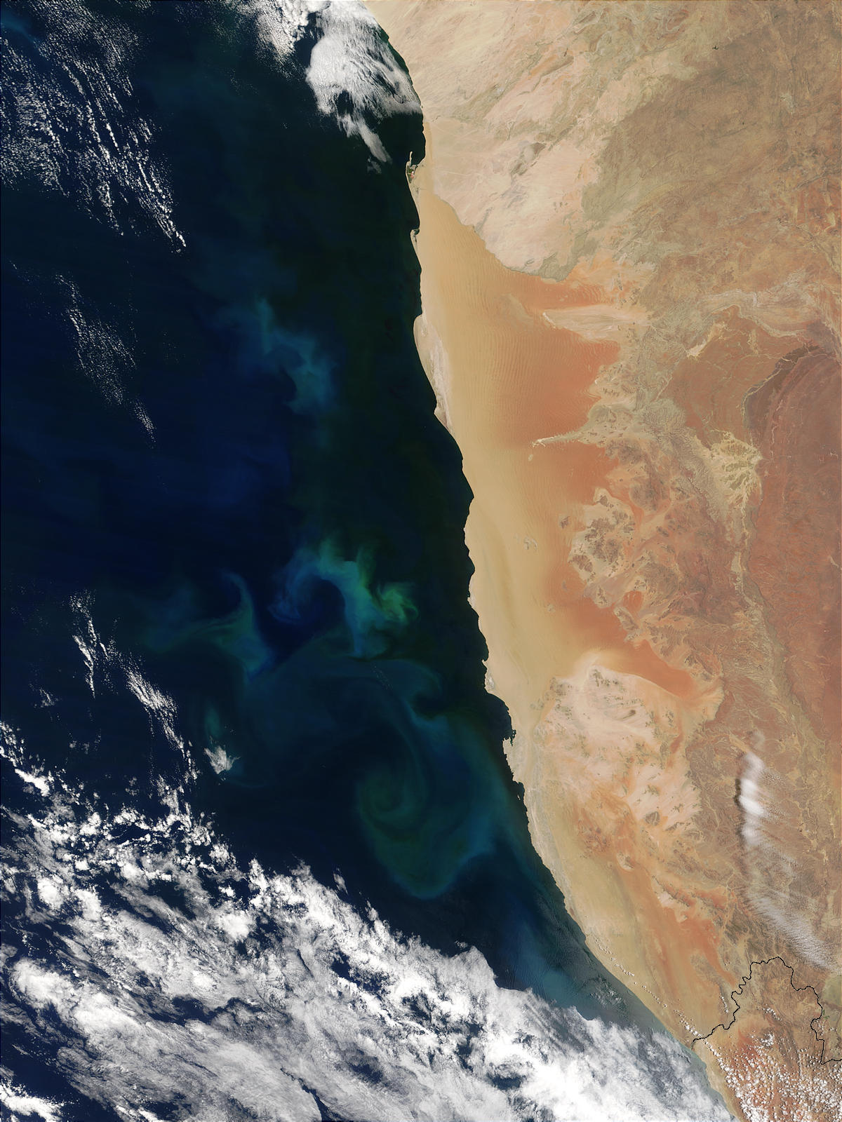 Sulfur plumes off Namibia - related image preview